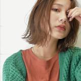 女子力 ミディアム アンニュイほつれヘア フェミニン ヘアスタイルや髪型の写真・画像