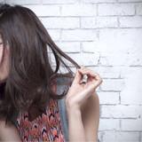 ミディアム リラックス ハイライト アッシュ ヘアスタイルや髪型の写真・画像