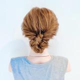 フェミニン くるりんぱ 三つ編み 簡単ヘアアレンジ ヘアスタイルや髪型の写真・画像 | 美容師HIRO/Amoute代表 / Amoute/アムティ