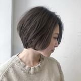 ショート 外国人風フェミニン オフィス ナチュラル ヘアスタイルや髪型の写真・画像