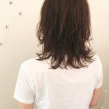 ミディアム ストリート こなれ感 レイヤーカットヘアスタイルや髪型の写真・画像