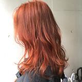 ミディアムレイヤー オレンジカラー ミディアム ストリート ヘアスタイルや髪型の写真・画像