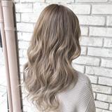 大人かわいい ハイライト ナチュラル トリートメント ヘアスタイルや髪型の写真・画像   ヤマグチ ヒカル / Vida creative hair salon