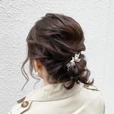 ルーズ 結婚式 フェミニン アンニュイほつれヘアヘアスタイルや髪型の写真・画像
