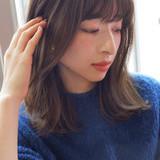 ナチュラル デート ミディアム 大人かわいい ヘアスタイルや髪型の写真・画像 | lora.garden 細田真吾 / lora.garden