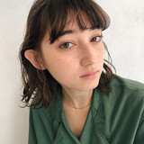 デート 大人かわいい セミロング ナチュラル ヘアスタイルや髪型の写真・画像 | 浅野 広夢 / vicca 'ekolu