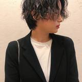 ベリーショート ショートヘア ハンサムショート パーマ ヘアスタイルや髪型の写真・画像