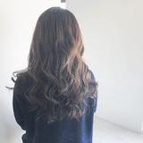 ネイビーアッシュ フェミニン ハイライト グレージュ ヘアスタイルや髪型の写真・画像