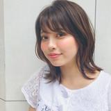 前髪あり レイヤーカット 外ハネ デート ヘアスタイルや髪型の写真・画像 | [新宿]内田航 柔らかストレートとミディアムボブ / joemi by unami