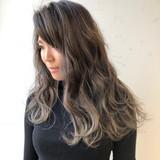 ロング オフィス ウェーブ ゆるふわ ヘアスタイルや髪型の写真・画像