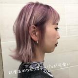 ボブ ピンクパープル ハイトーンカラー 切りっぱなしボブ ヘアスタイルや髪型の写真・画像