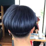 ショート ボブ 刈り上げ シルバー ヘアスタイルや髪型の写真・画像[エリア]