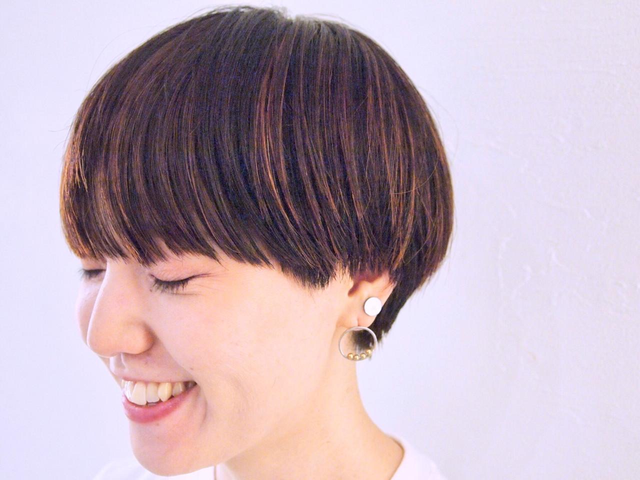 ショート 大人かわいい アウトドア ナチュラル ヘアスタイルや髪型の写真・画像 | 畑山拓也 / Baco.