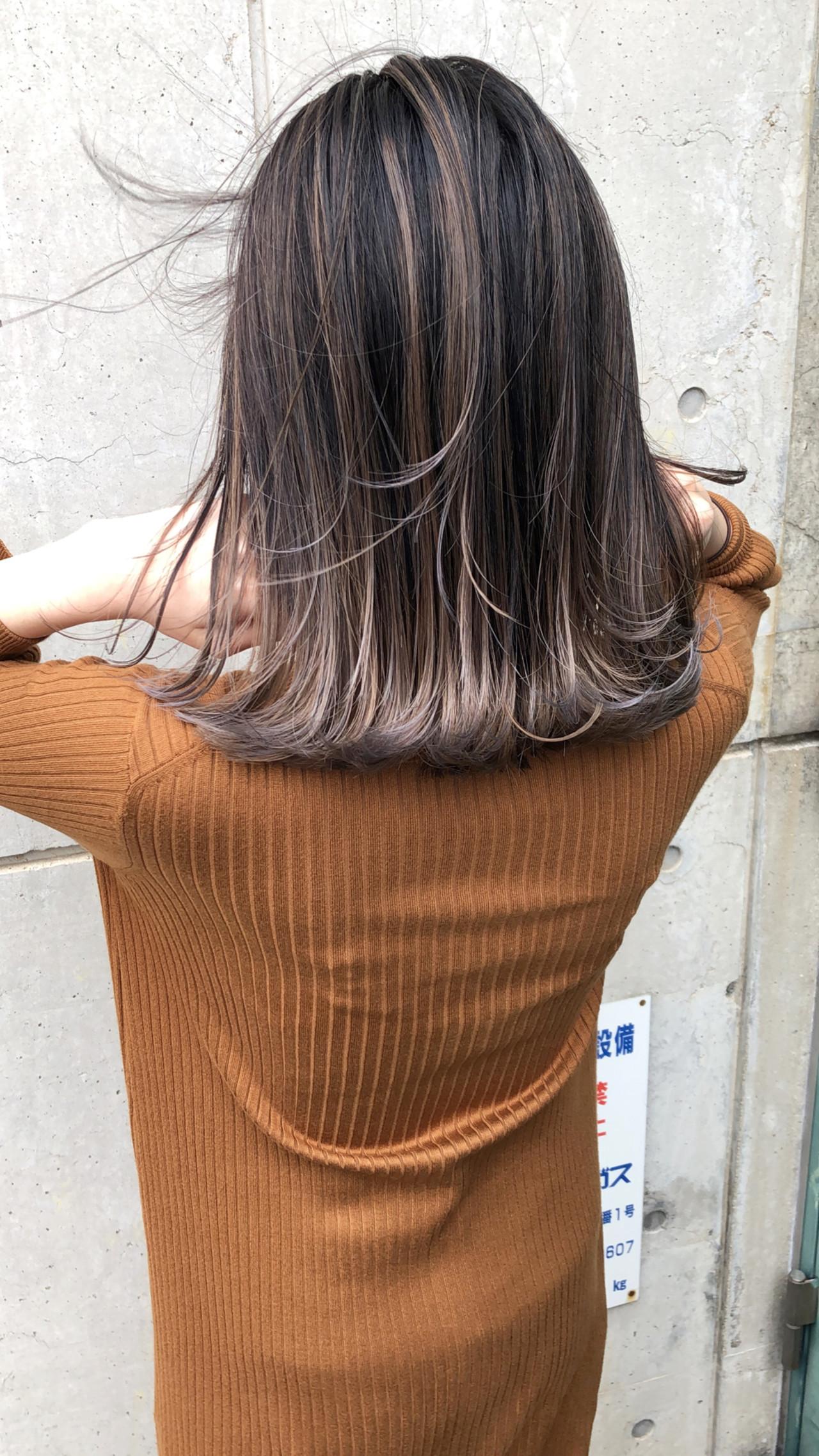 ボブ 切りっぱなしボブ ミルクティーベージュ バレイヤージュ ヘアスタイルや髪型の写真・画像 | 渡辺拓吏【NUM】 / hair salon NUM