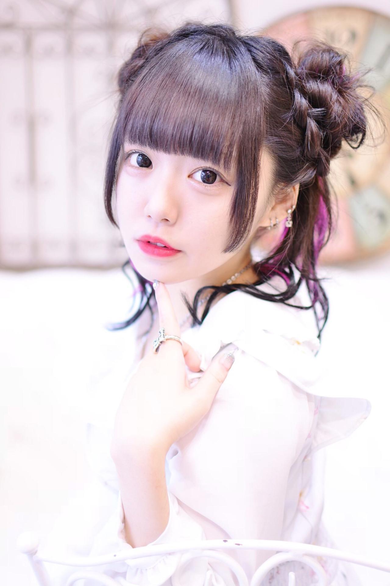 前髪パッツン ガーリー セミロング 黒髪 ヘアスタイルや髪型の写真・画像 | Shiko Kajihara / メイズ