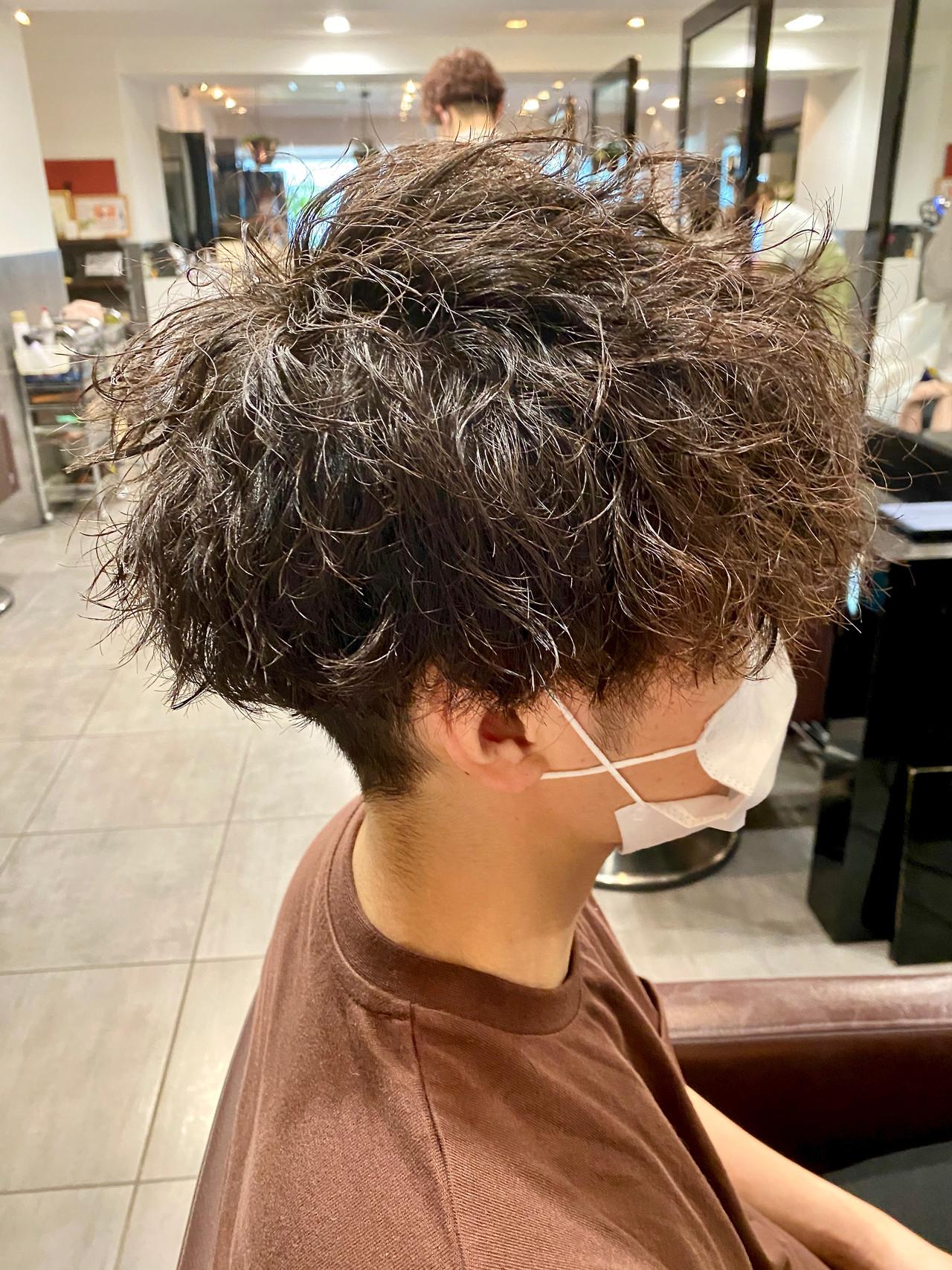 メンズパーマ ストリート メンズ メンズカット ヘアスタイルや髪型の写真・画像