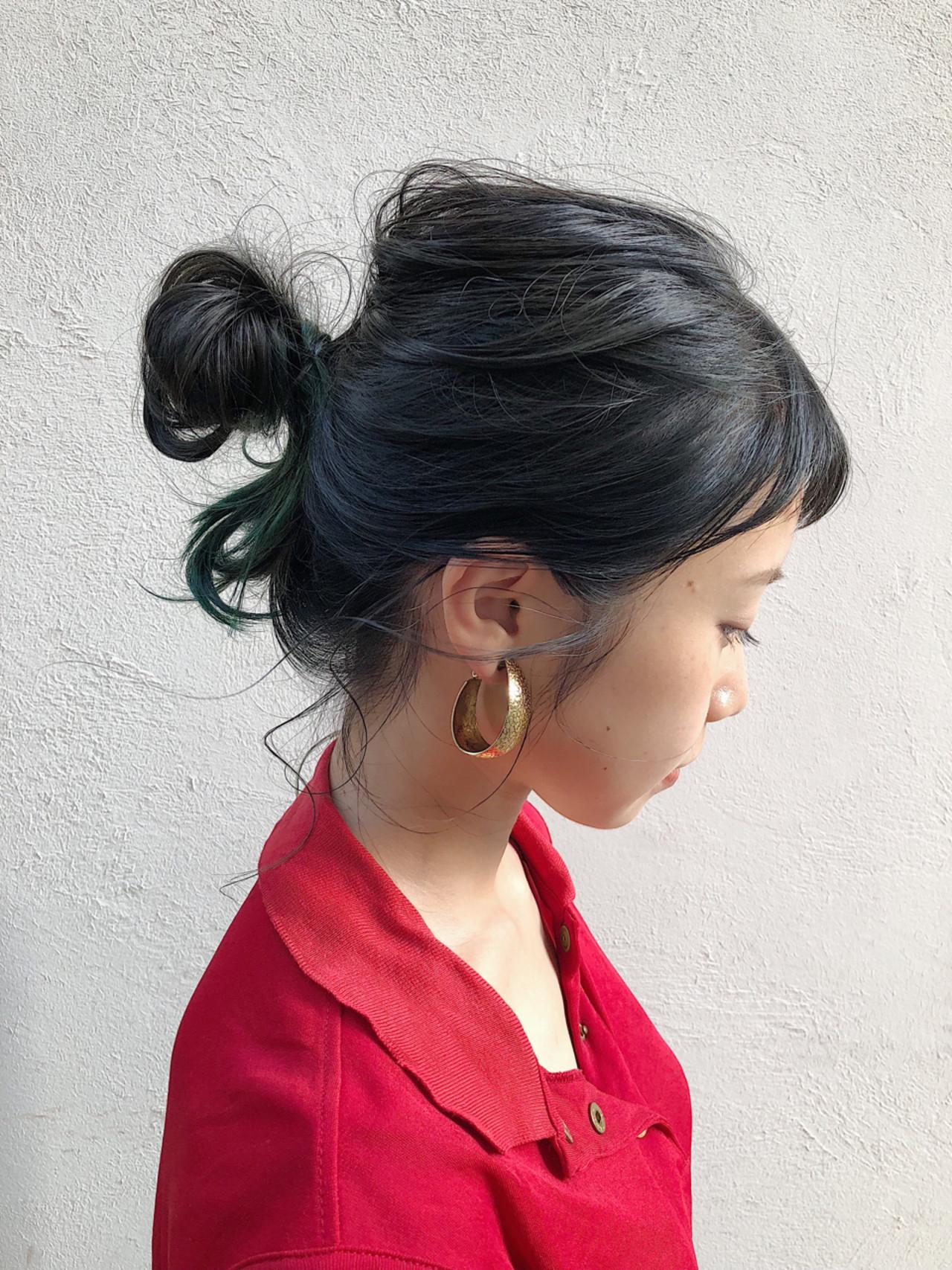 スモーキーアッシュ グレージュ モード グリーン ヘアスタイルや髪型の写真・画像   サカイアカネ / EMANON freelance