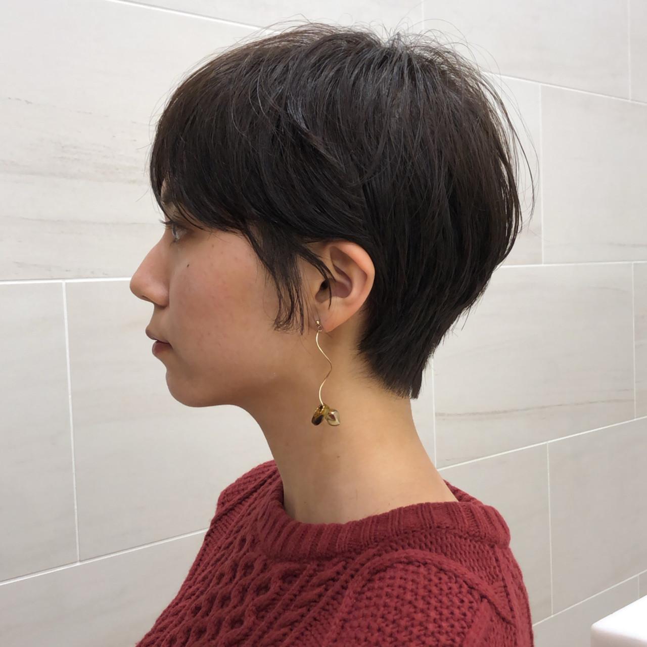 ショート 黒髪 アンニュイほつれヘア ハンサムショート ヘアスタイルや髪型の写真・画像 | 池上 一星 / GINZA PEEK-A-BOO 中央通り店