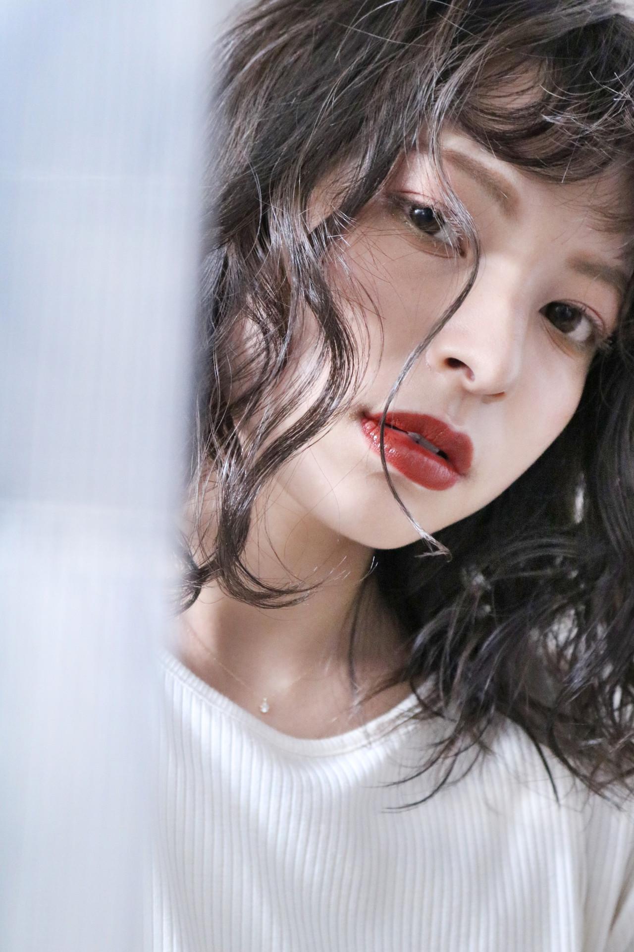 グレージュ ミルクティーベージュ ミディアム ミルクティーグレージュ ヘアスタイルや髪型の写真・画像 | 上田智久 / ooit 福岡 天神 / ooit