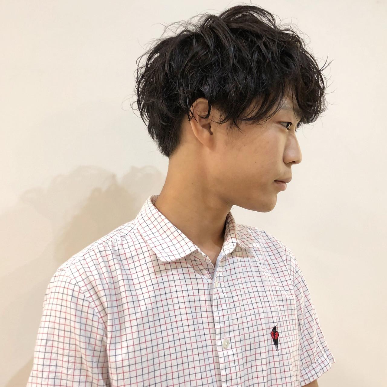 ミディアム メンズスタイル メンズマッシュ メンズパーマ ヘアスタイルや髪型の写真・画像 | 佐野勇士 / kchiara