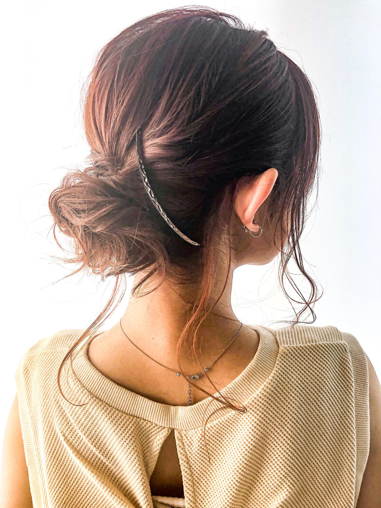大人ミディアム セミロング エレガント デジタルパーマ ヘアスタイルや髪型の写真・画像