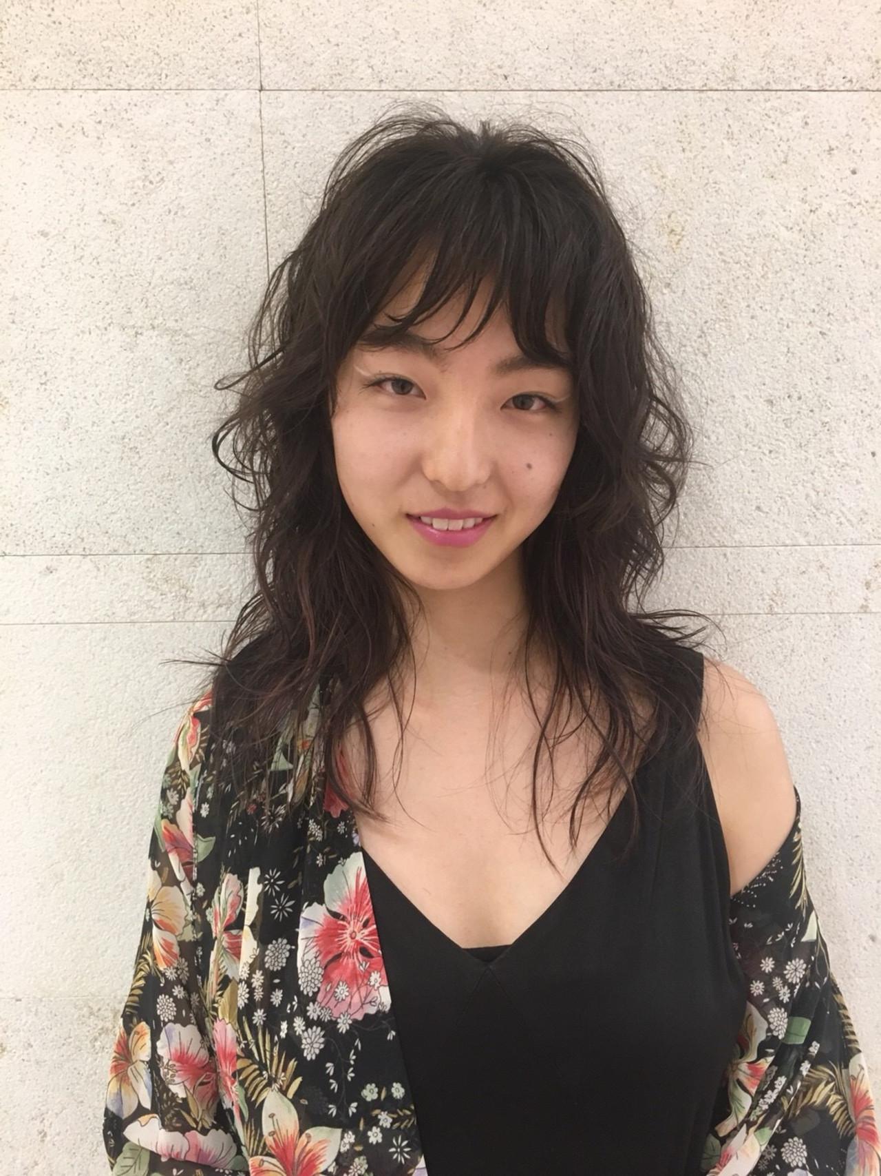 こなれ感 黒髪 パーマ モード ヘアスタイルや髪型の写真・画像   成沢春奈 / kakimoto arms二子玉川店