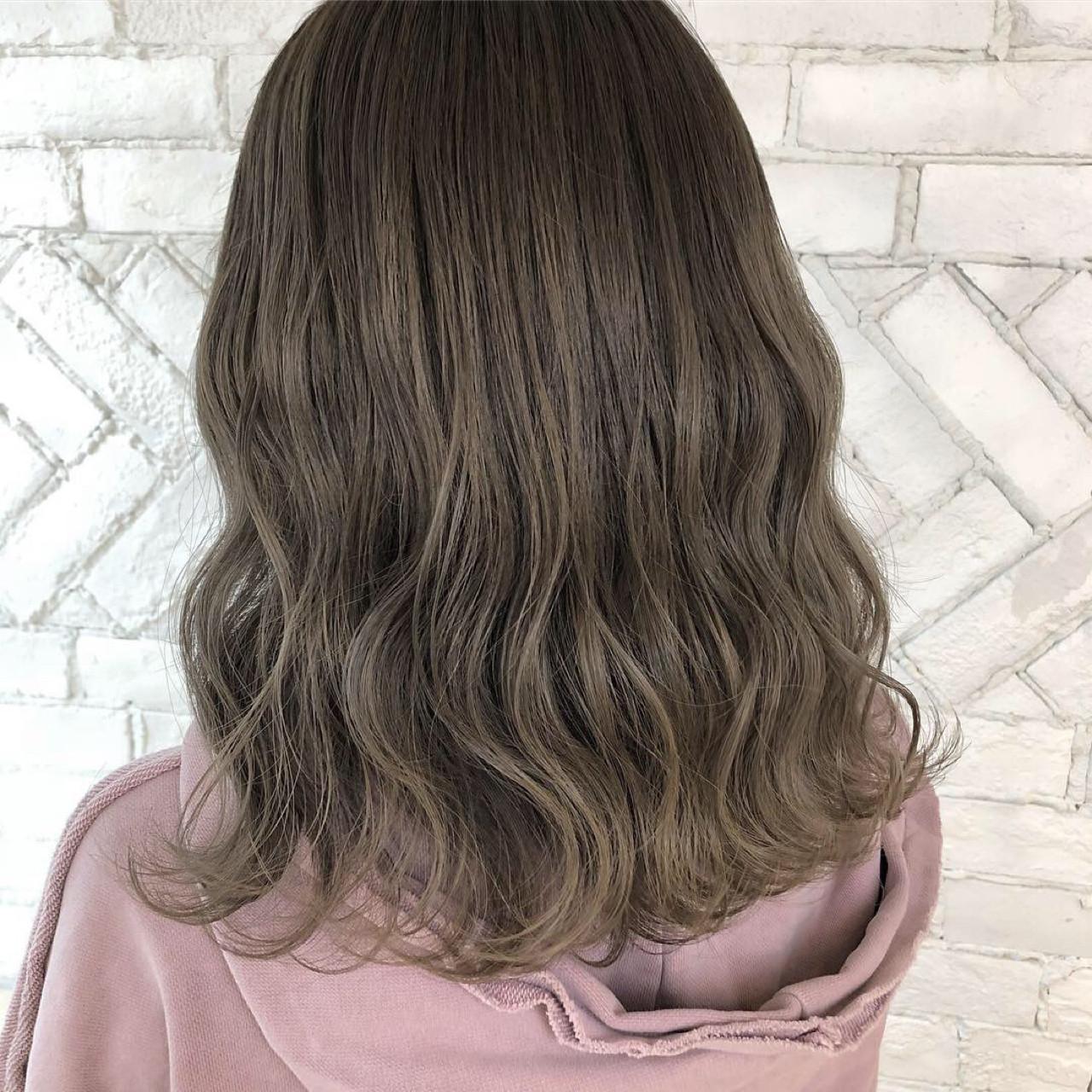 外国人風カラー ハイトーン アンニュイ ウェーブ ヘアスタイルや髪型の写真・画像   takuya / mlife