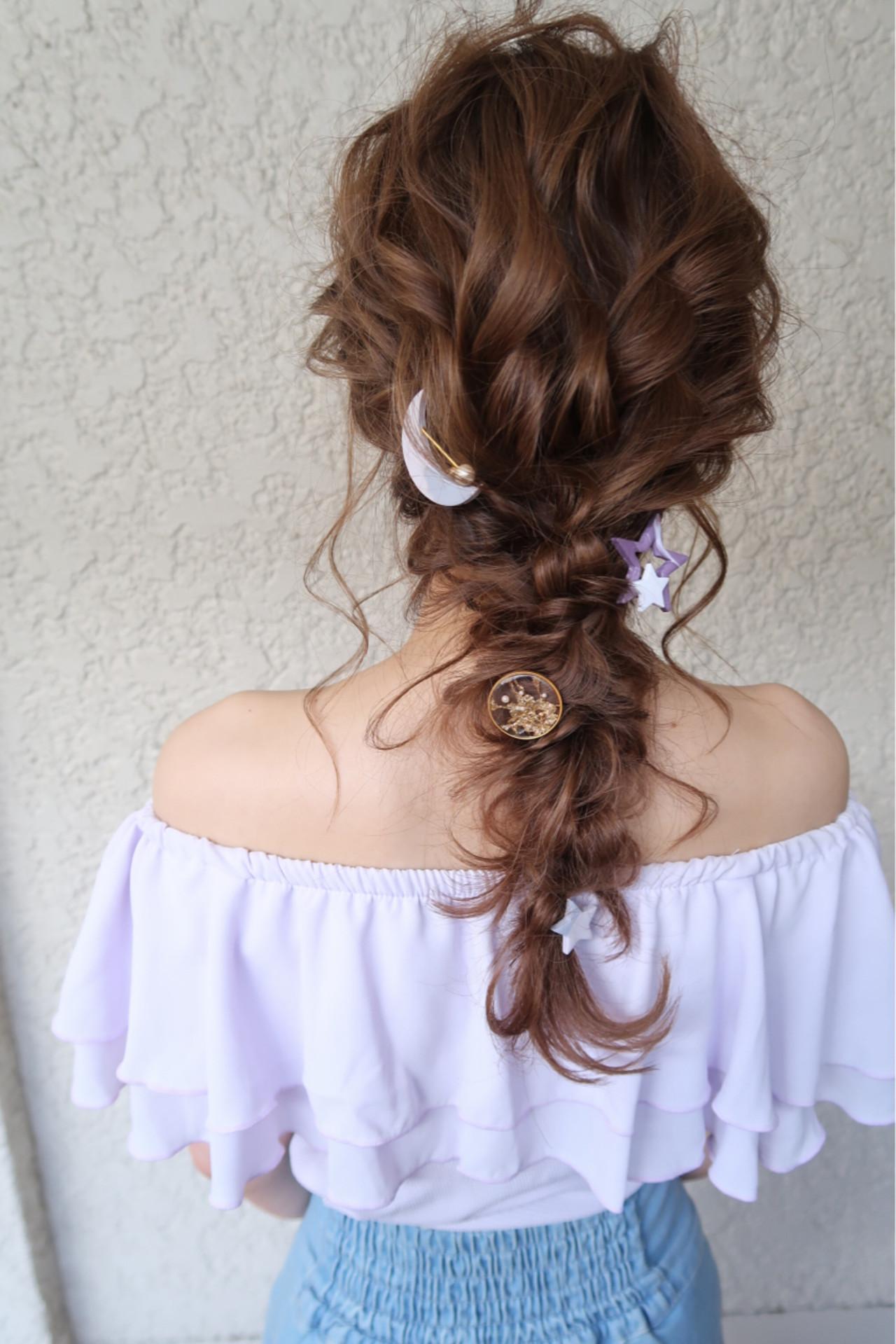 ナチュラル ヘアアレンジ 結婚式 パーティ ヘアスタイルや髪型の写真・画像 | 平川 元気 / MAPUNA