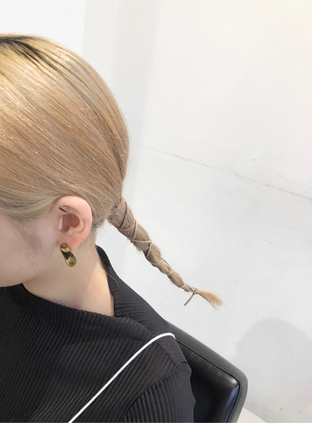 ロング 簡単ヘアアレンジ 紐アレンジ ローポニーテール ヘアスタイルや髪型の写真・画像 | natsukiナツキ/ALIVEharajuku / ALIVE  harajuku