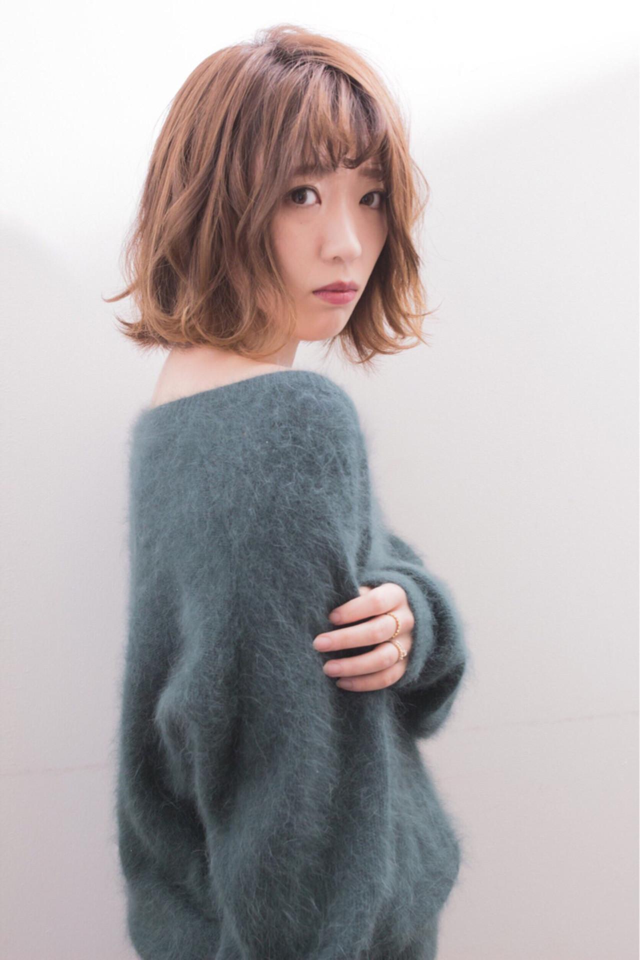 フェミニン 秋 ボブ ウェーブ ヘアスタイルや髪型の写真・画像 | 宮本英里香 /