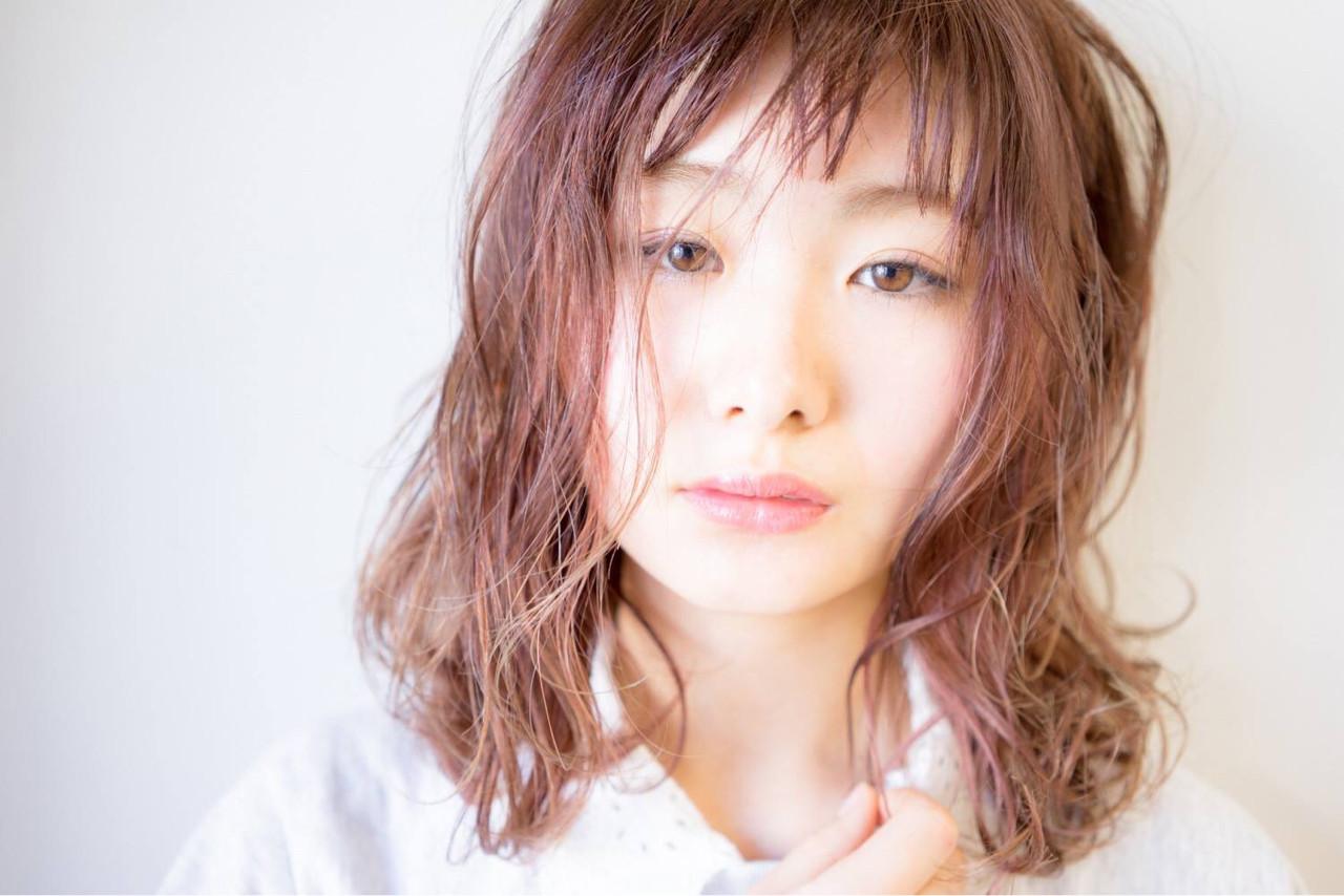 ウェットヘア ピンク ミディアム ベージュ ヘアスタイルや髪型の写真・画像 | 桝田 由佳 / フリーランスでしてます!お電話のご予約不可です