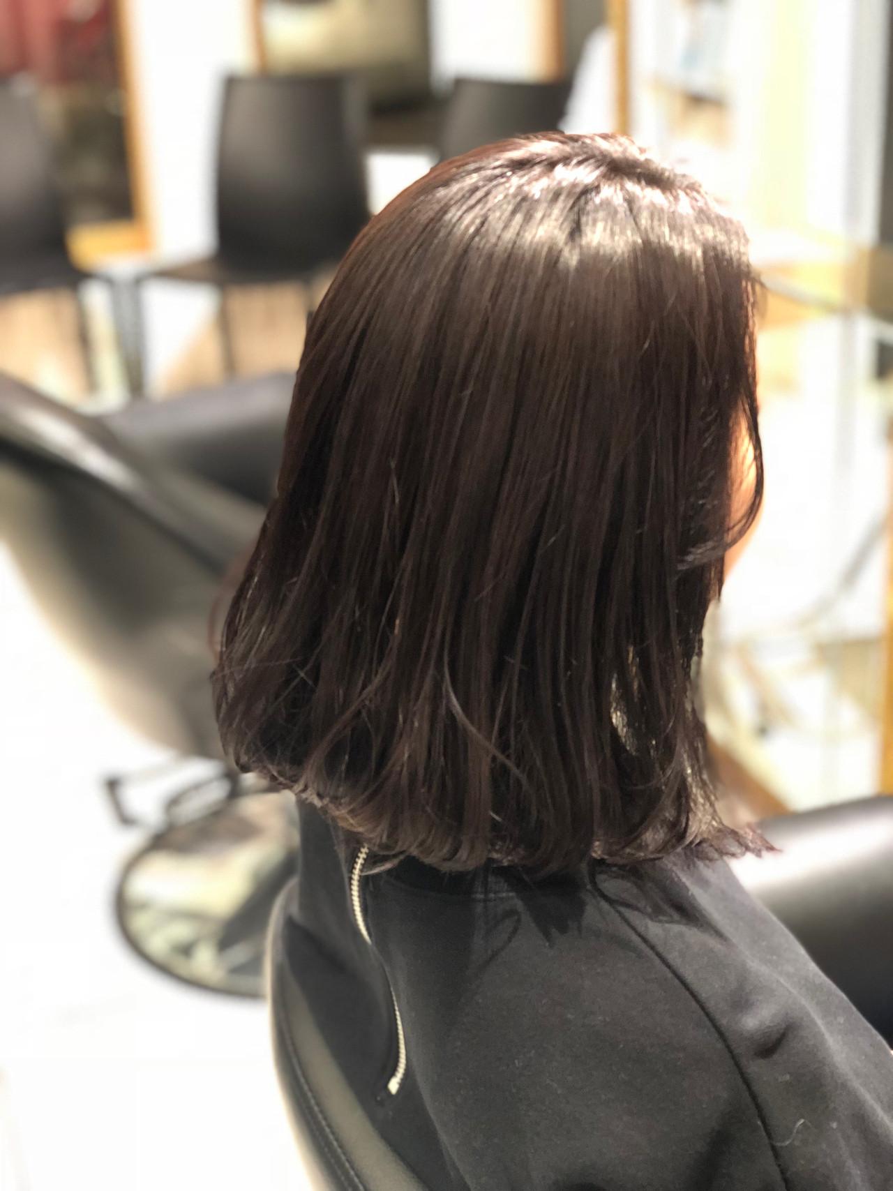 ミディアム グレージュ ロブ ワンレングス ヘアスタイルや髪型の写真・画像 | 永井大樹 / FENICE on the beach