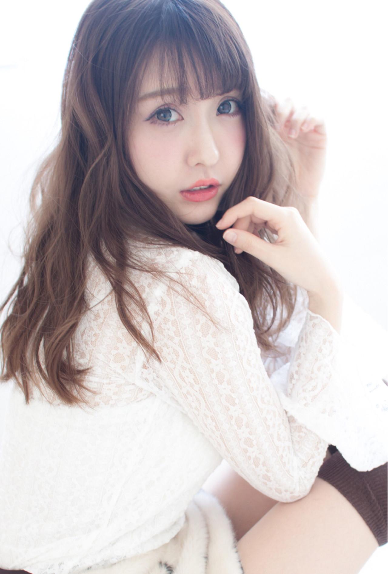 前髪あり 小顔 ミルクティー 大人女子 ヘアスタイルや髪型の写真・画像 | 今井 寛子 / LOUIMADNA栄