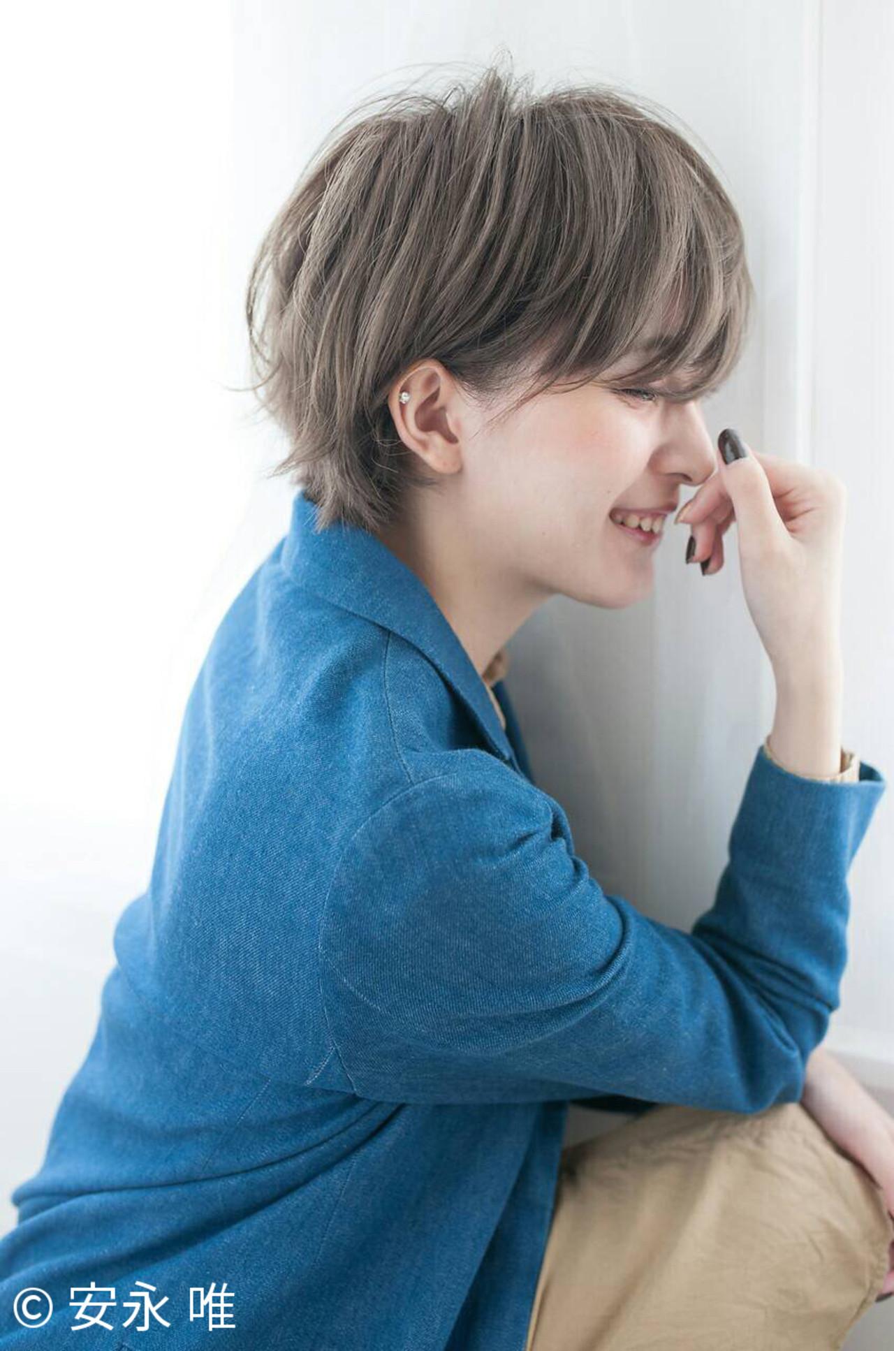 アッシュ 大人かわいい ショート リラックス ヘアスタイルや髪型の写真・画像 | 安永 唯 /
