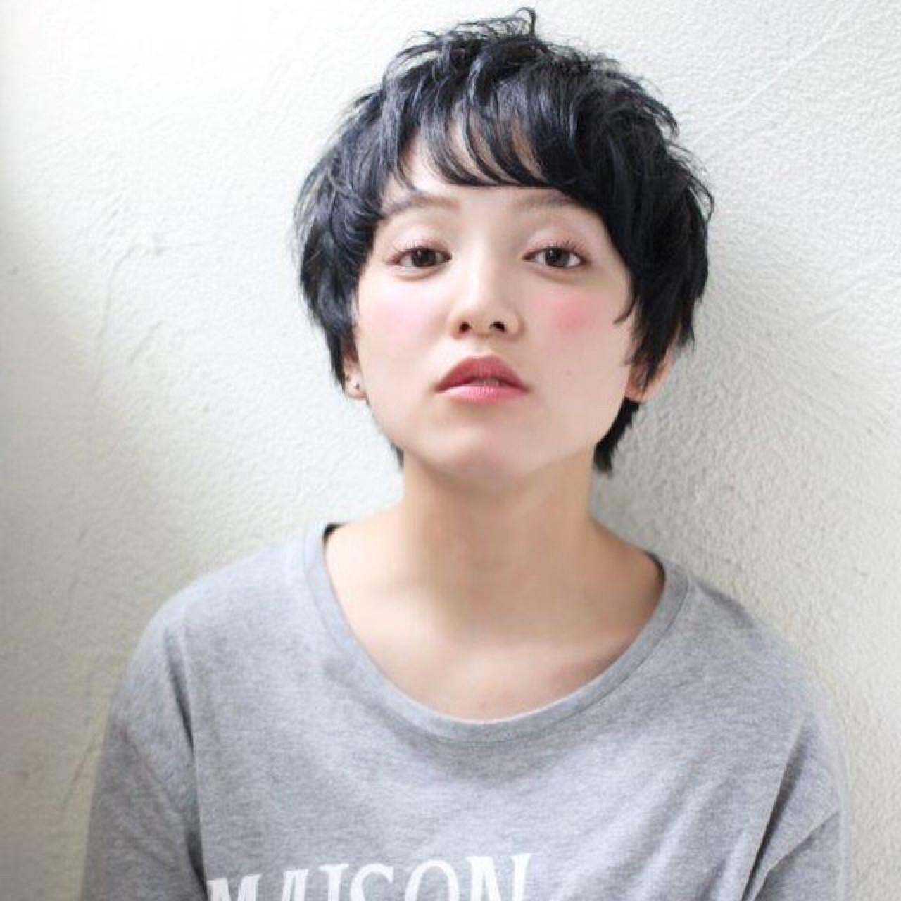 【スタイル特集】印象派美人になれる髪型=黒髪ショート×パーマスタイル? 増永 剛大/Un ami
