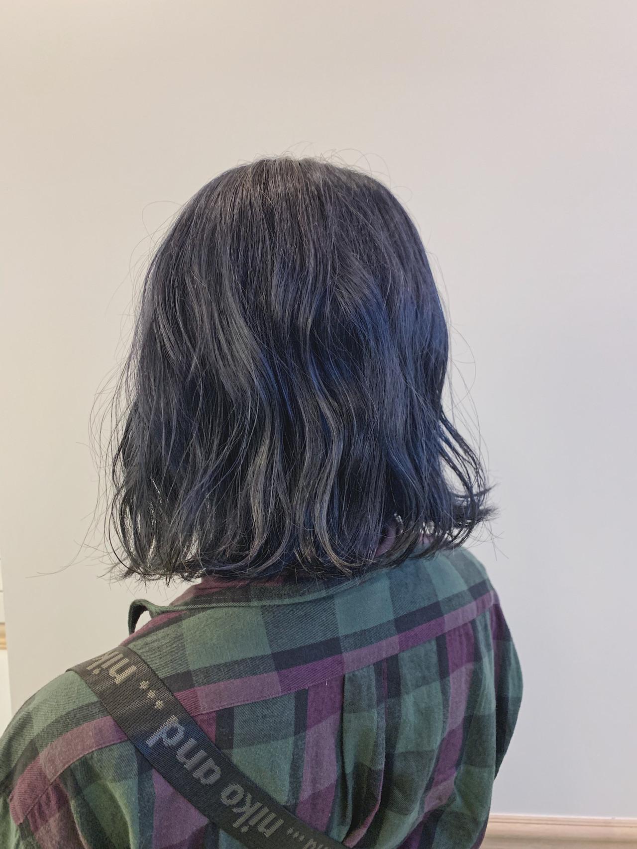 ダブルカラー ナチュラル ブルーアッシュ 可愛いヘアスタイルや髪型の写真・画像