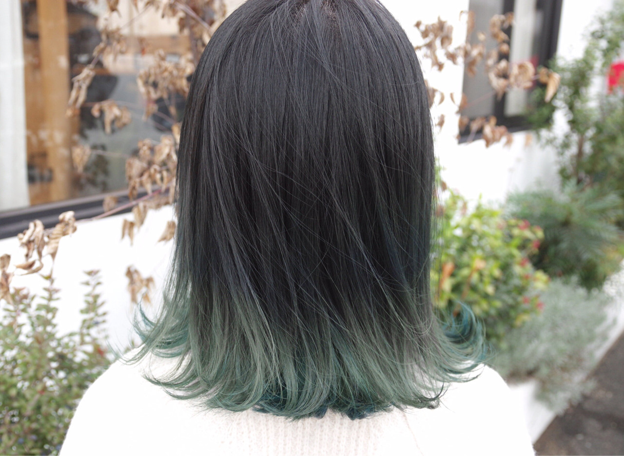 ミディアム グラデーションカラー ストリート グレー ヘアスタイルや髪型の写真・画像 | 鳥越 ありさ / hair…nail  TLABeS