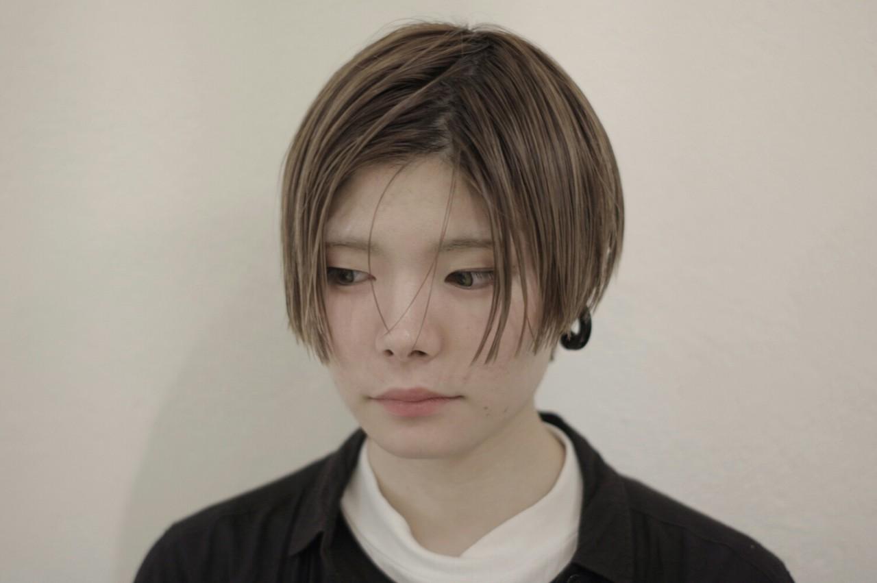 モード ショート 暗髪 ウェットヘアヘアスタイルや髪型の写真・画像