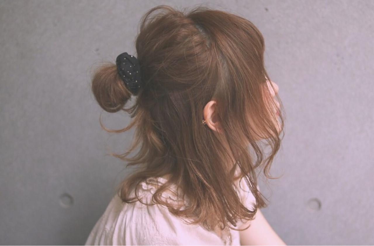 ミディアムのヘアアレンジならお手軽ハーフアップ♪シチュ別簡単テク ひろはま/ efil Lavie