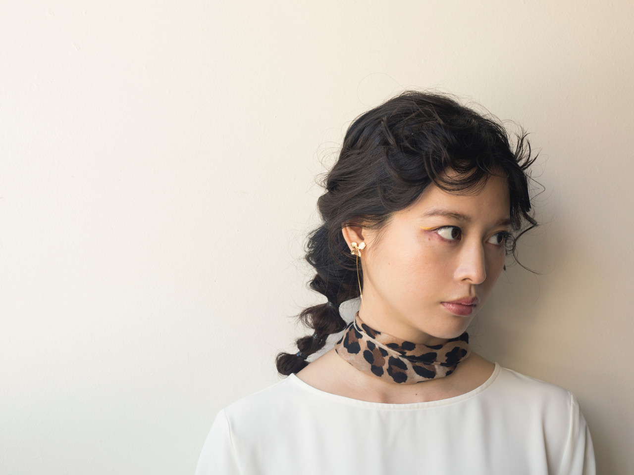 ヘアアレンジ ミディアム ガーリー ヘアスタイルや髪型の写真・画像   星川サトシ / Raymond