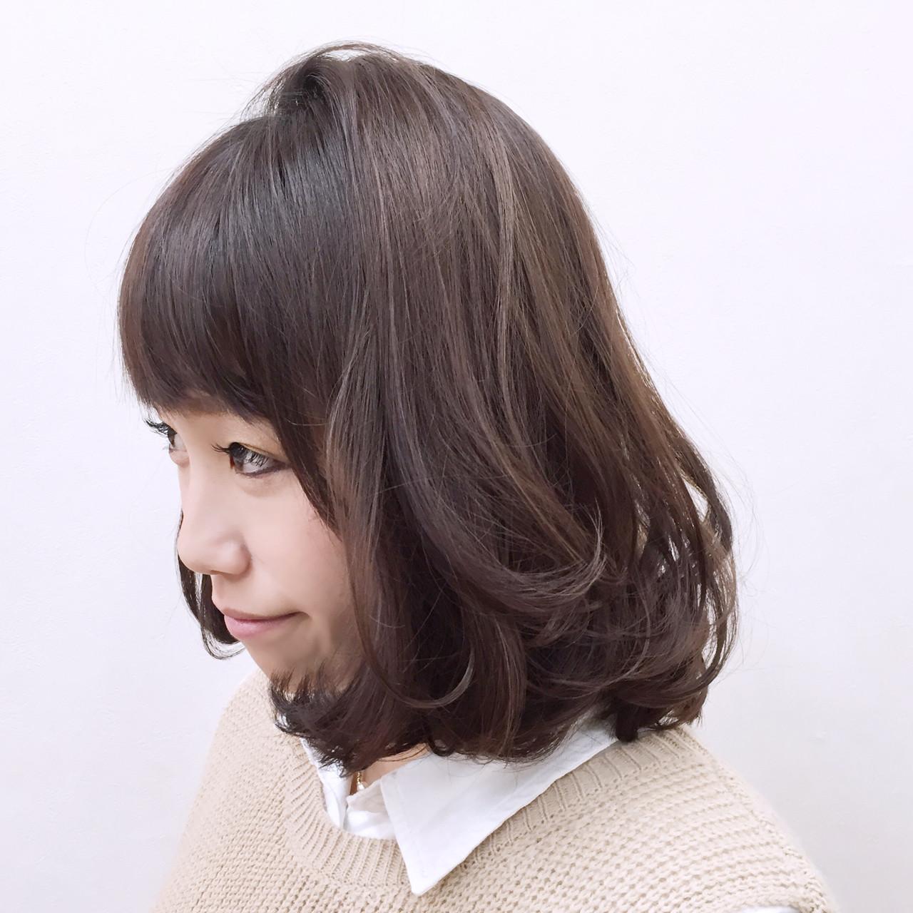 ゆるふわ フェミニン ハイライト ミディアム ヘアスタイルや髪型の写真・画像   YSO / 電髪倶楽部street