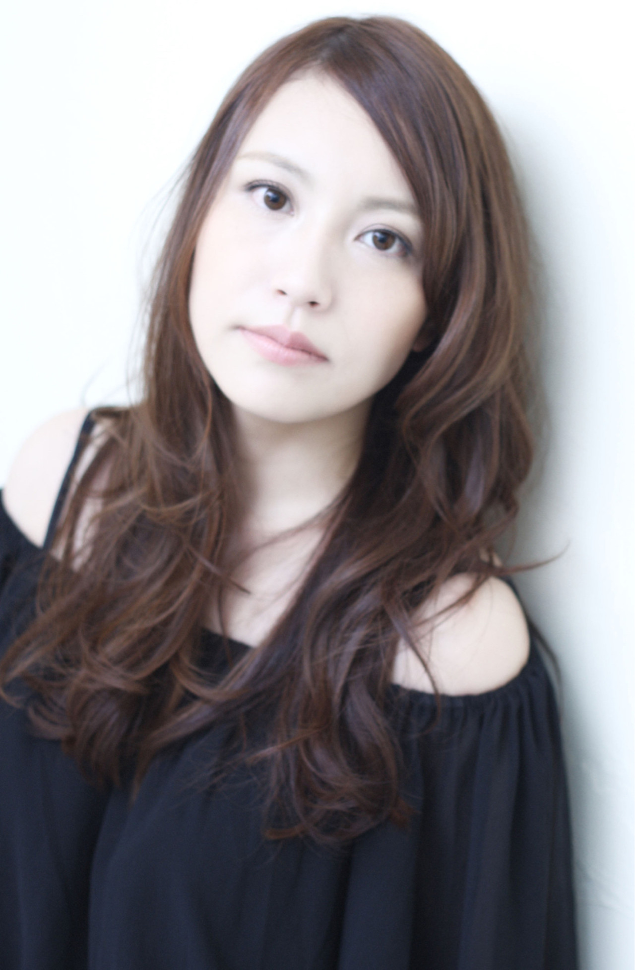ゆるふわ ロング 暗髪 ナチュラル ヘアスタイルや髪型の写真・画像 | 清水 翔五 / sofa