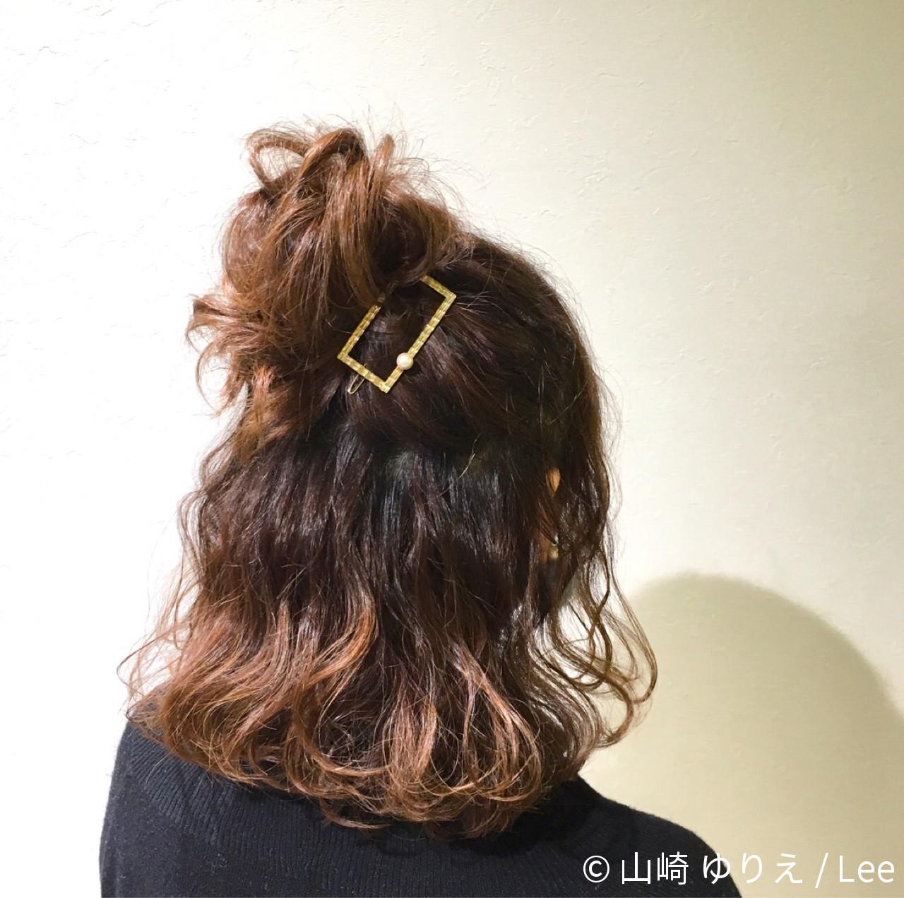 ショート 大人女子 色気 簡単ヘアアレンジ ヘアスタイルや髪型の写真・画像 | 山崎 ゆりえ / Lee / lee東大阪