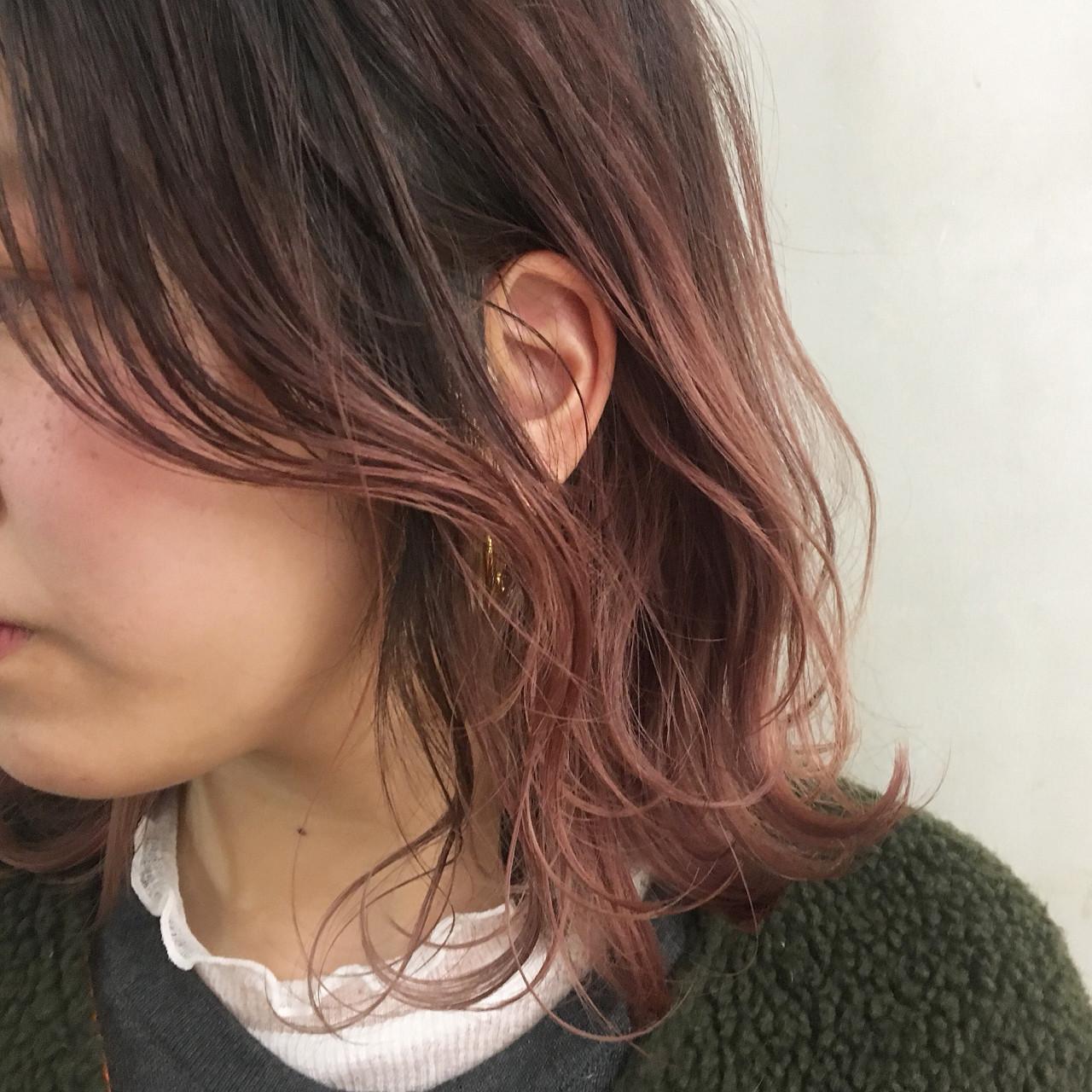 こなれ感 ミディアム ピンク ハイトーン ヘアスタイルや髪型の写真・画像   斉藤傑 / lim+lim