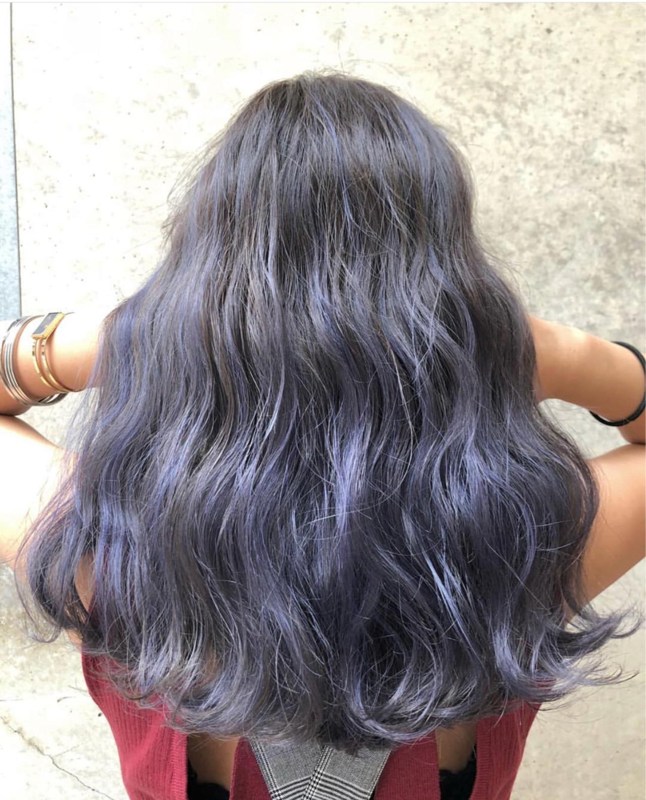 セミロング ネイビー グレージュ シルバーアッシュ ヘアスタイルや髪型の写真・画像 | AKANE / LOGUE