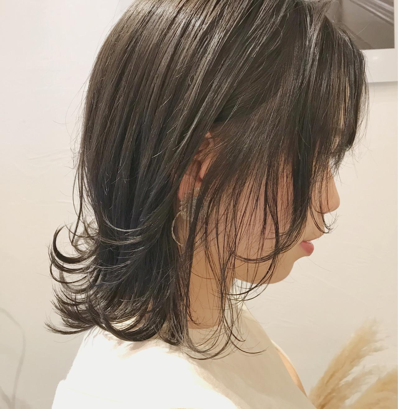 フェミニン ヘアアレンジ 黒髪 オフィス ヘアスタイルや髪型の写真・画像 | Emiko Nakanishi / MAULOA