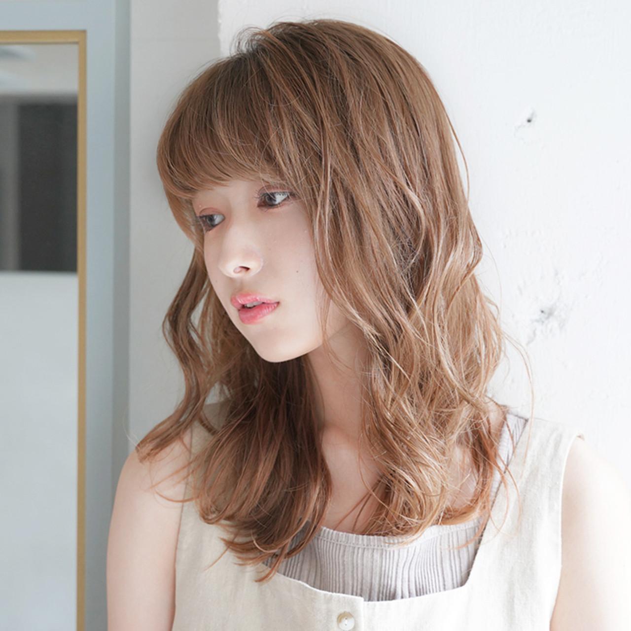 デジタルパーマ フェミニン ゆるふわ ゆる巻き ヘアスタイルや髪型の写真・画像