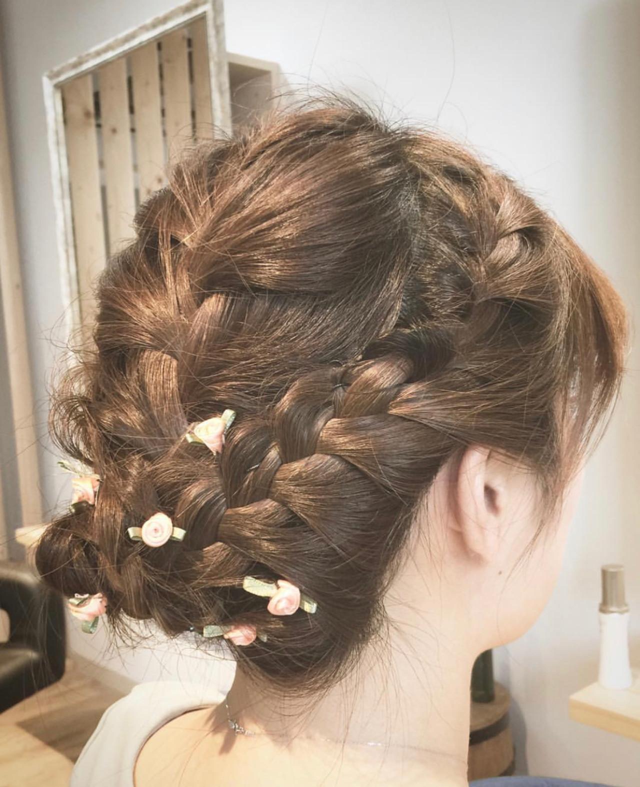 ミディアム 簡単ヘアアレンジ エレガント 結婚式ヘアスタイルや髪型の写真・画像