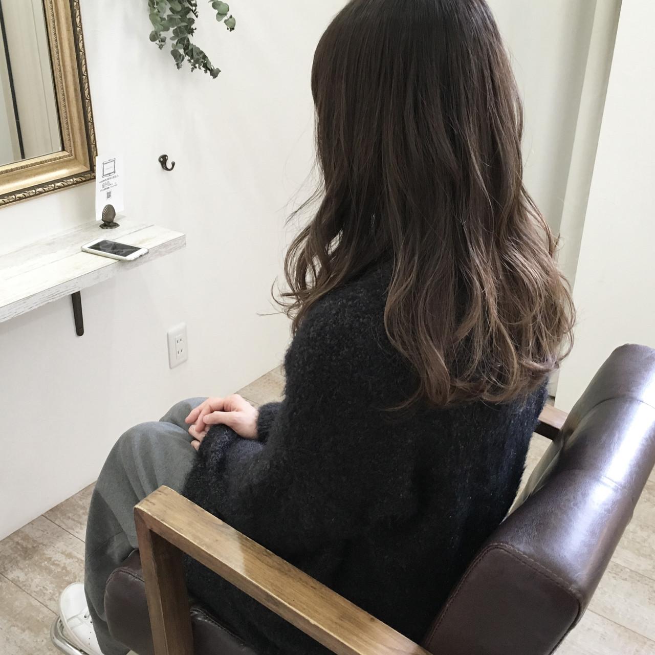 外国人風カラー ウェーブ ナチュラル グラデーションカラー ヘアスタイルや髪型の写真・画像 | 原田あゆみ / coquille/コキーユ