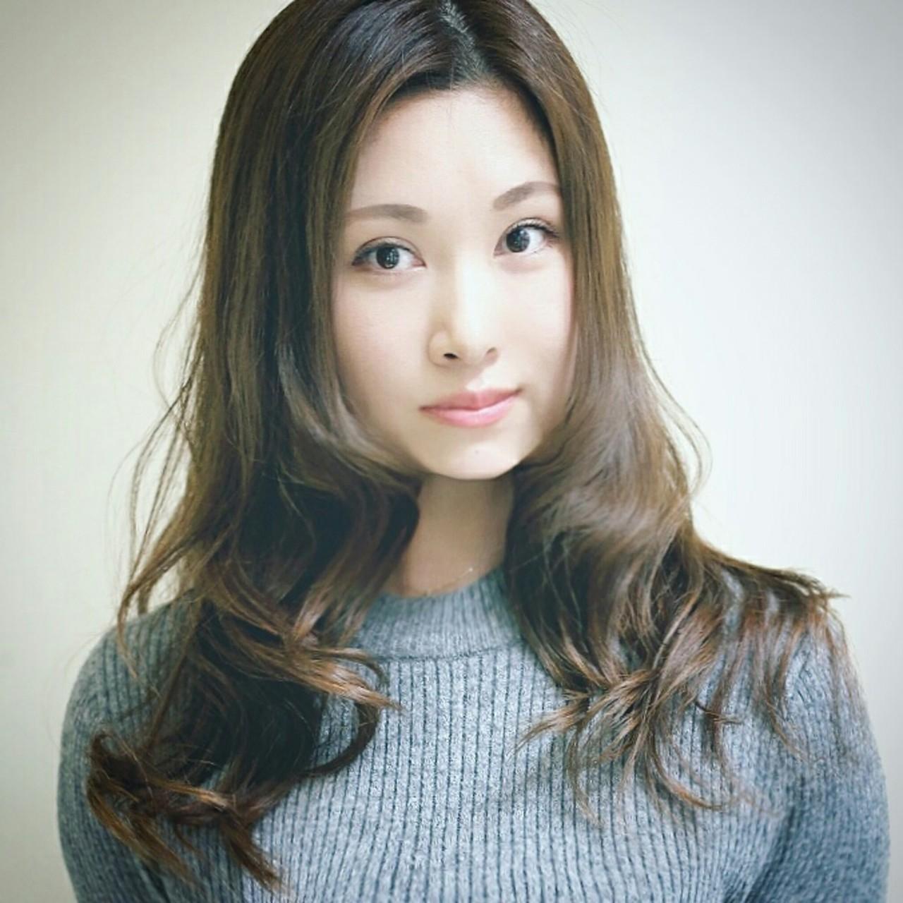 小顔 大人女子 大人かわいい ハイライト ヘアスタイルや髪型の写真・画像   横徳憲史 / VISAGE genuine